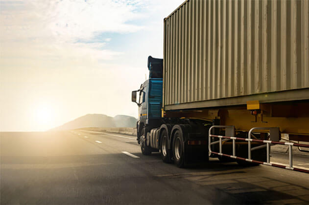 Transporte rodoviário de Containers | Transportadora Navegantes